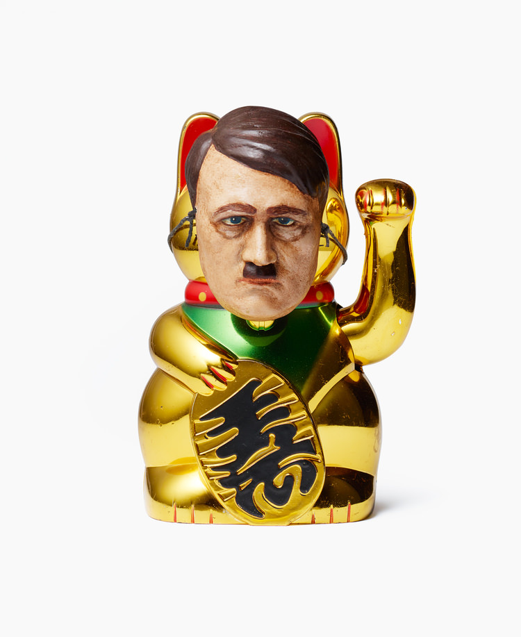 Lucky cat, mechanical arm, cast resin Hitler head painted in oil 15.5 x 9.5 x 12 cm