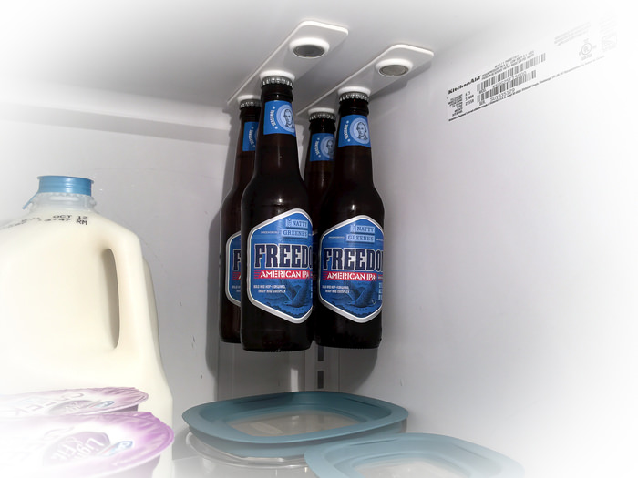 bottleloft-magnetic-beer-bottle-attachment-for-your-fridge-8619