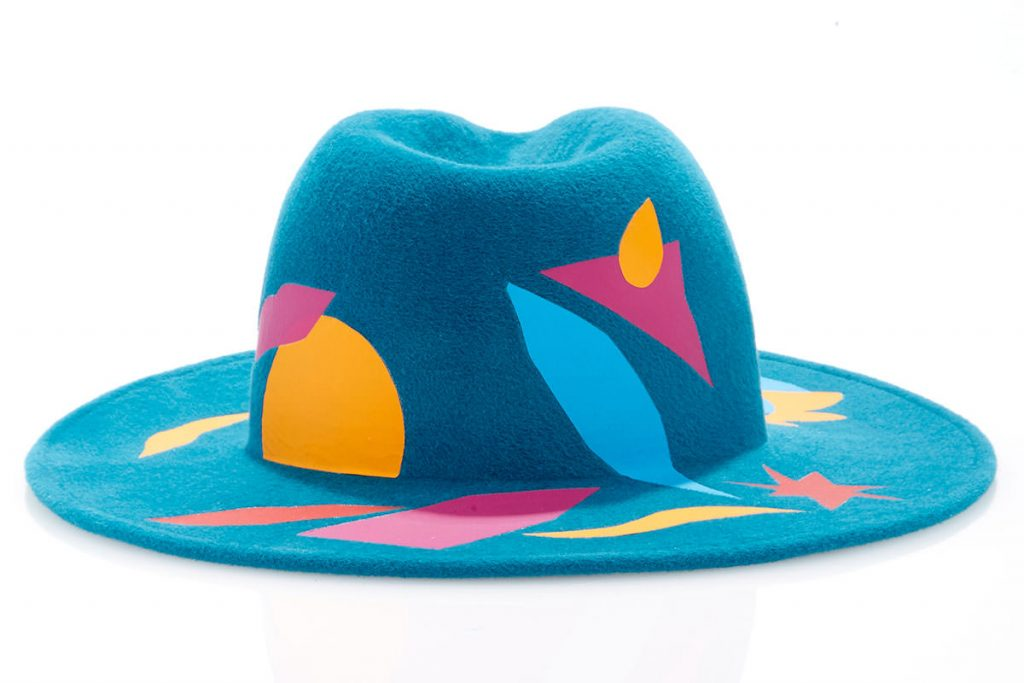 laura-apsit-livens-turquoise-turquesa-trilby