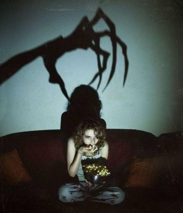 watching-horror-movies